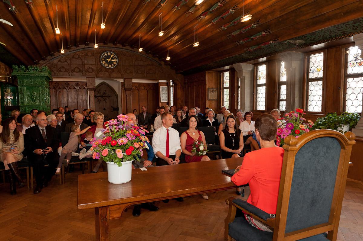 Hochzeitsfoto auf dem Standesamt